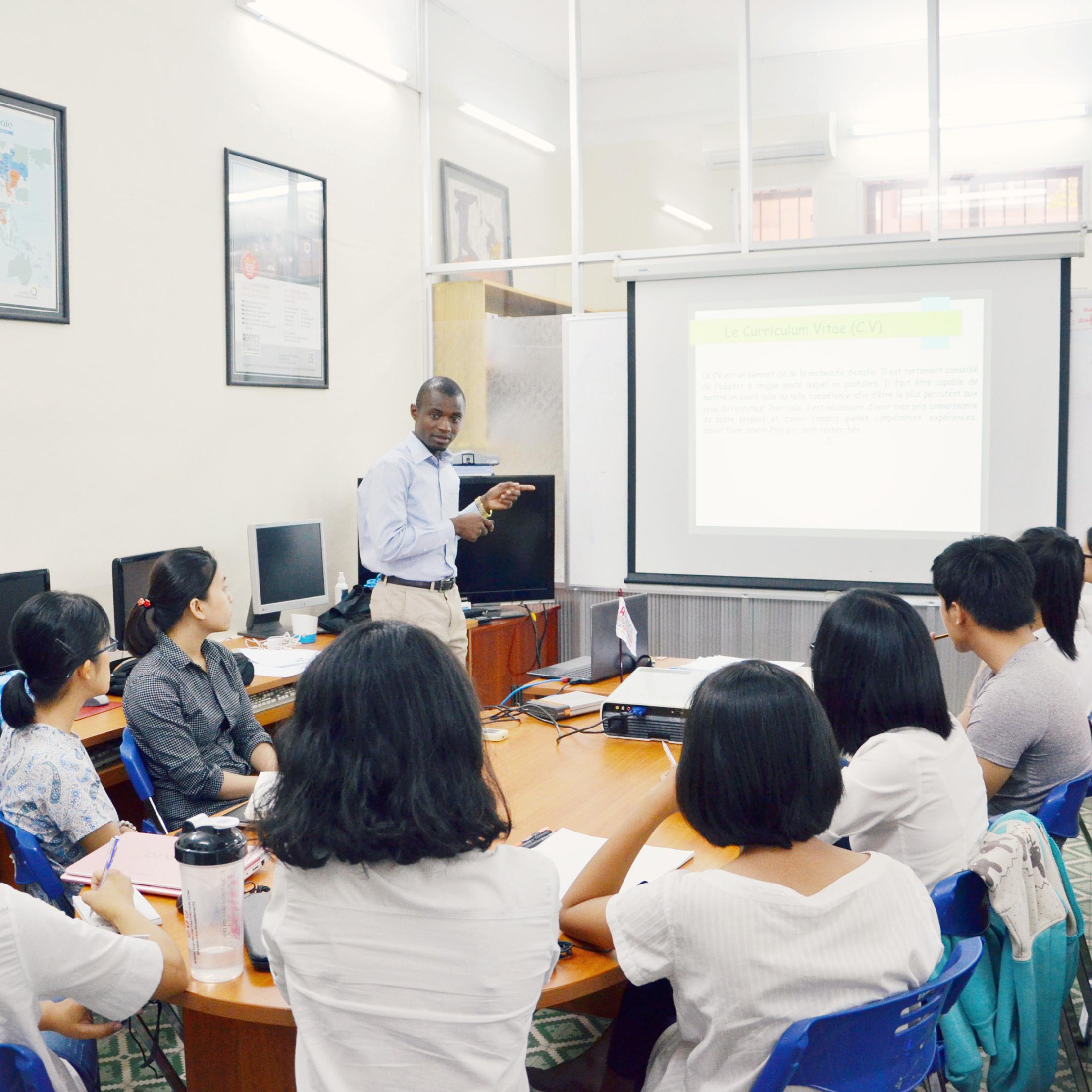 danang  vietnam    atelier  u00ab comment monter un cv gagnant et une lettre de motivation pertinente